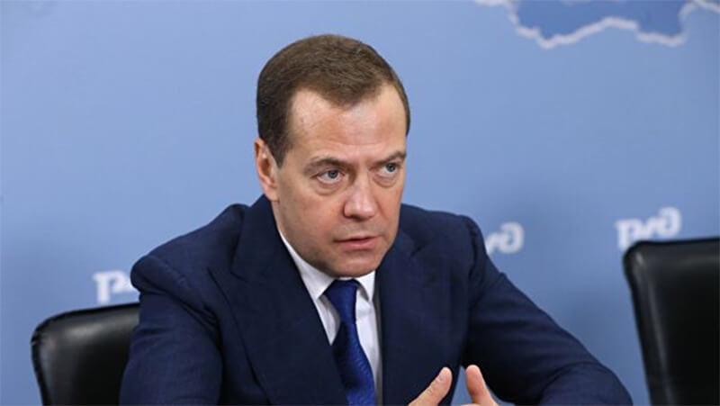 Дмитрий Медведев: Шинэ жилийн урт амралт эдийн засагт сөргөөр нөлөөлж байна