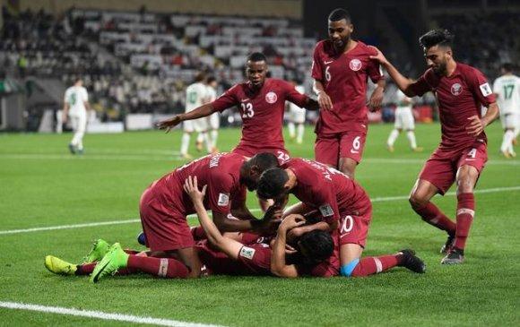 Катар дунд шөвөгт үлдлээ