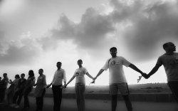 Хоёр Солонгосын хил дээр 500 мянган хүн гинжин холбоо үүсгэнэ