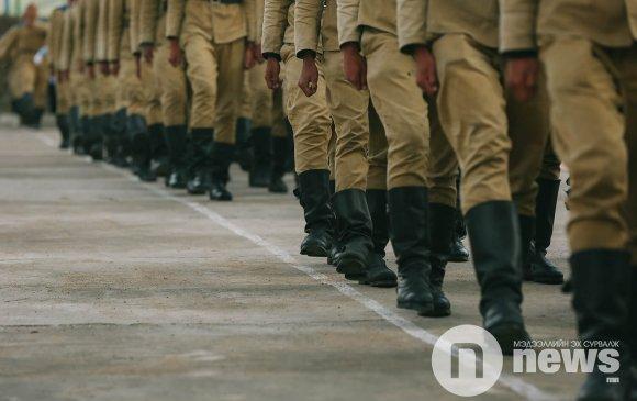Оюутан цэргүүд тангараг өргөлөө