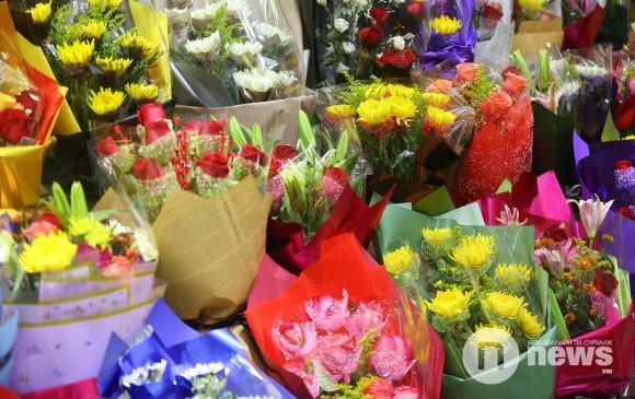 Амьд цэцгийг хэрхэн удаан хадгалах вэ