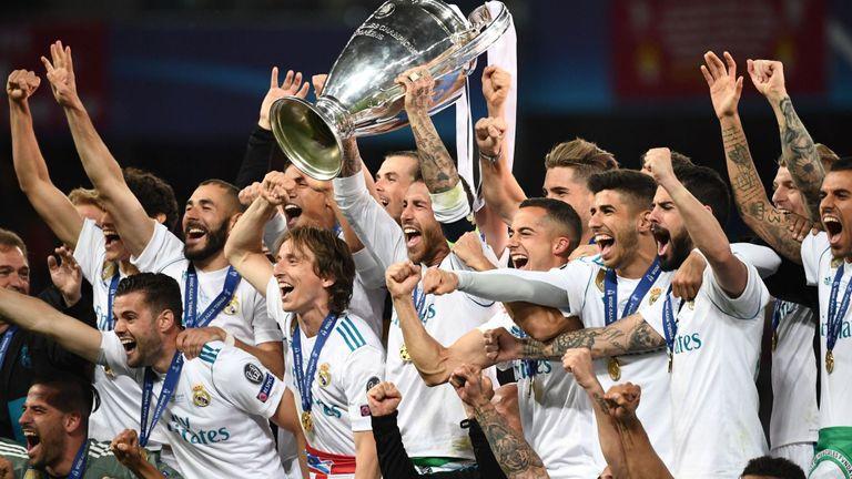 Реал Мадрид дэлхийн хамгийн баян хөлбөмбөгийн клубээр нэрлэгдэв