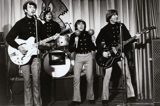 """""""The Monkees""""-ийн хөгжимчин Петер Торк 77 насандаа таалал төгслөө"""