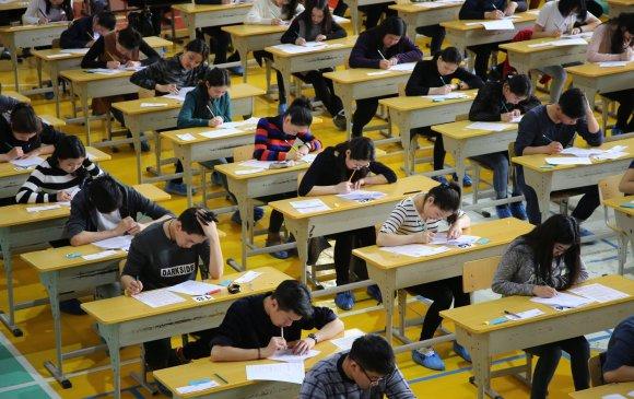 Монгол хэл, бичгийн шалгалтыг ирэх сарын 23-нд авна