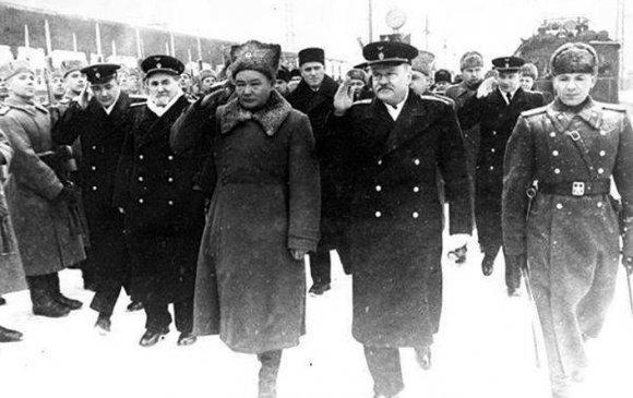 БНМАУ-ын тусгаар тогтнолыг ЗХУ албан ёсоор хүлээн зөвшөөрөв /1946.02.27/