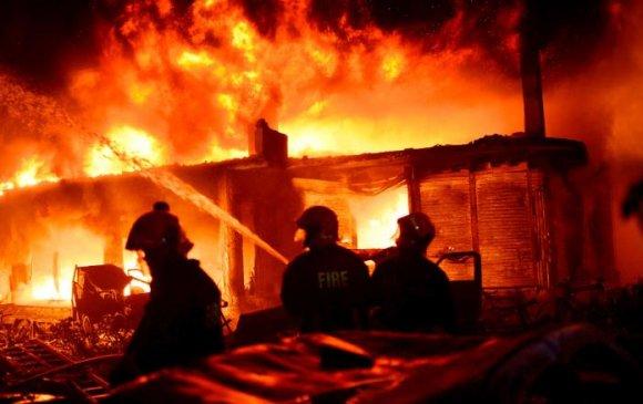 Даккад гал түймрийн улмаас 70 хүн амиа алдав