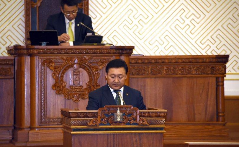 Г.Занданшатарыг Монгол Улсын Их Хурлын даргаар сонгож баталлаа