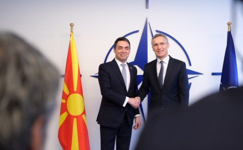 Македоныг НАТО-д элсүүлэх баримт бичигт гарын үсэг зурлаа