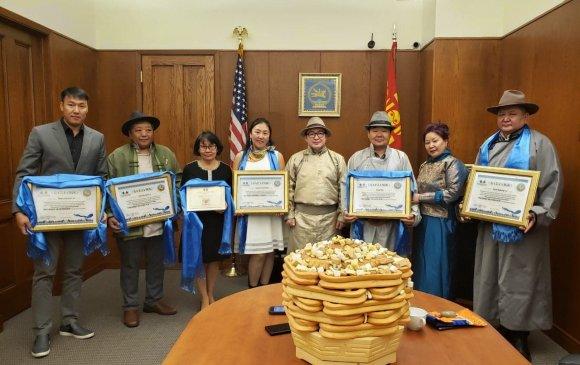 АНУ-ын баруун эргийн монголчууд 2018 оны шилдгүүдээ тодруулав