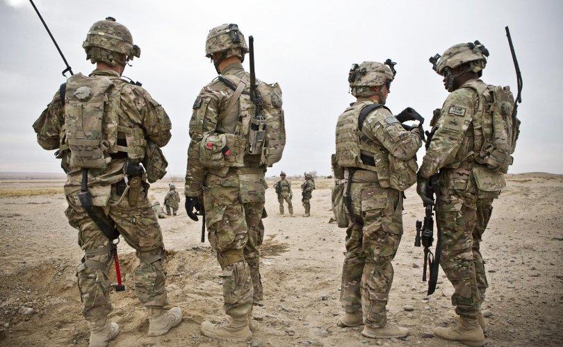 АНУ Сириэс цэргээ гаргасан ч 200 цэрэг үлдээнэ