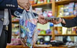 Хүнсний зориулалтаар ашигладаг гялгар уутыг хориглоогүй