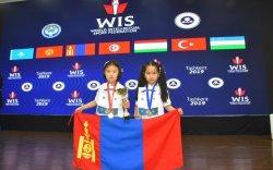 Монголын зургаан настай тамирчид олныг гайхшруулав
