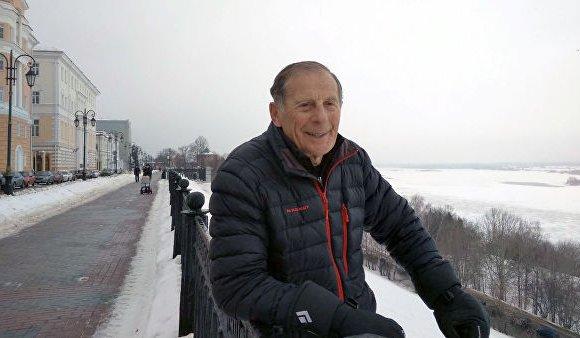 Нижный Новгородын тэтгэврийн өвгөн Монблан ууланд авирна