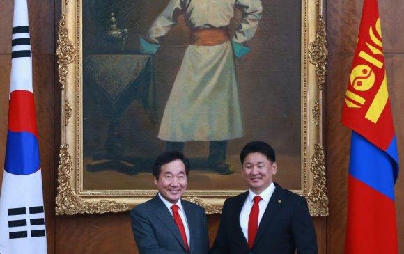 У.Хүрэлсүх, БНСУ-ын Ерөнхий сайд Ли Наг Ён нар албан ёсны хэлэлцээ хийв