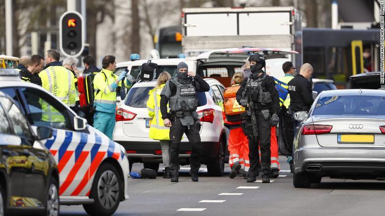 Утрехтийн трамвайд халдлага үйлдсэн сэжигтнийг баривчилжээ