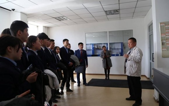 ЗДТГ-ын үйл ажиллагаатай 26 дугаар дунд сургуулийн сурагчид танилцлаа
