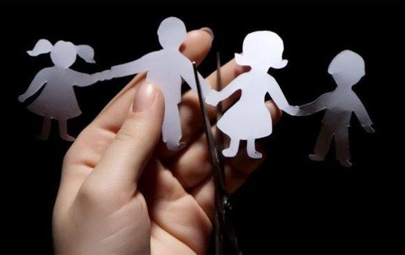 Гэр бүл салалт хоёр хүний асуудал биш
