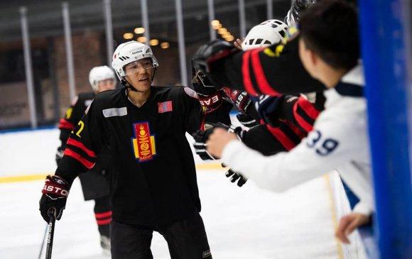 Монголын хоккейчид хоёр тоглолтод 22 гоол оруулжээ