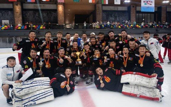 Монголын хоккейчид хошой аварга болов
