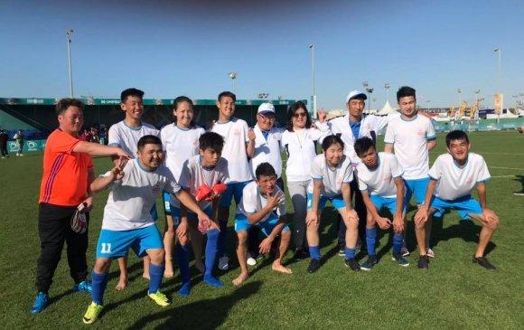 ТУСГАЙ ОЛИМП: Хөлбөмбөгчид мөнгөн медаль хүртэв