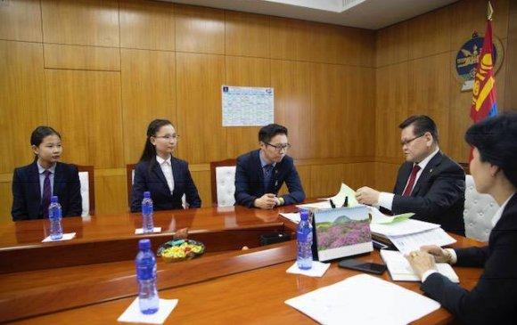 Монгол бичгийн кодчиллын ажлыг эрчимжүүлэх үүрэг даалгавар өглөө