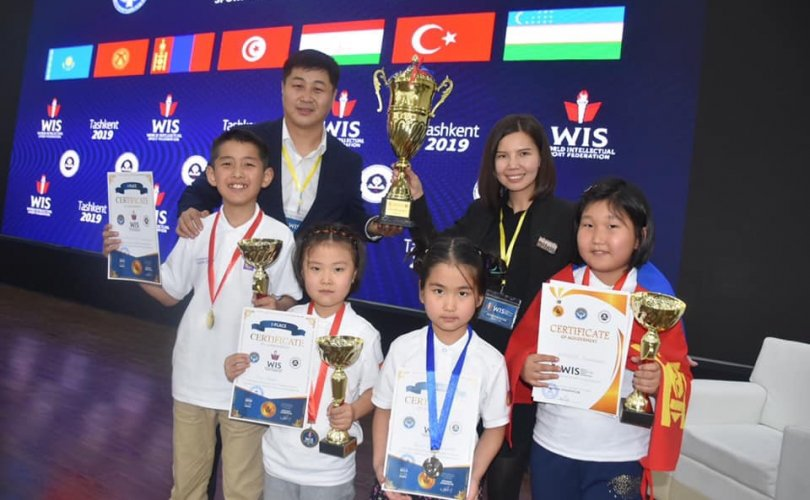 Монголын оюуны спортын тамирчид үнэмлэхүй ялалт үзүүллээ