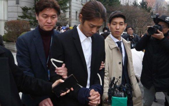K-поп од Жун Жүн Ёныг баривчилжээ