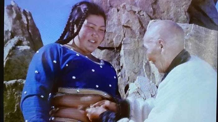 Монгол кинонд бөхийн дүрийг бүтээсэн ганц эмэгтэй