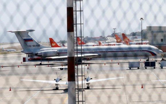 ОХУ-ын цэргийн онгоцнууд Венесуэлд газардлаа