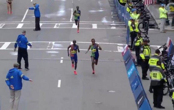 Бостоны марафонд Африк гүйгчид тэргүүлэв