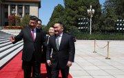 Х.Баттулгыг БНХАУ-ын дарга Ши Жиньпин Ардын Их хурлын талбайд угтав
