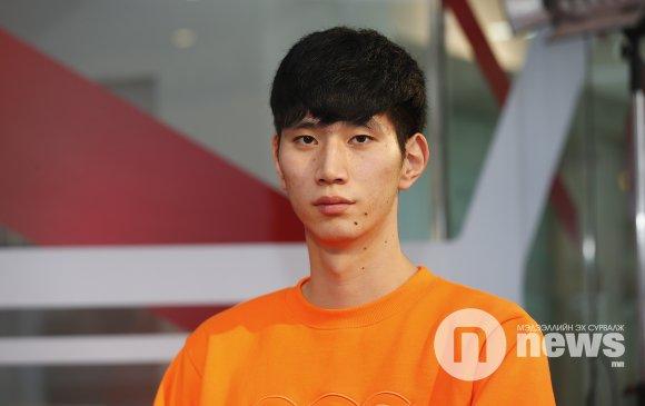 Азийн топ лигт тоглосон анхны Монгол сагсчин