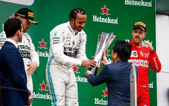 Формула-1 уралдааны 1000 дахь гараанд Л.Хэмилтон түрүүллээ