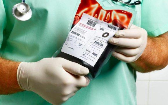 Тереза Мей донорын цус хэрэгтэй хүмүүст 29 сая фаунд хандивлана