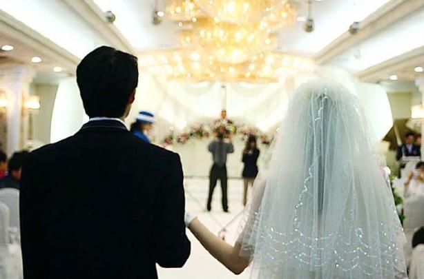 Гэрлэлт буурснаар хүн амын өсөлт саарчээ