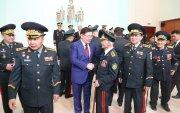 Монгол генералуудын төлөөлөлтэй уулзаж, баярын мэндчилгээ дэвшүүллээ