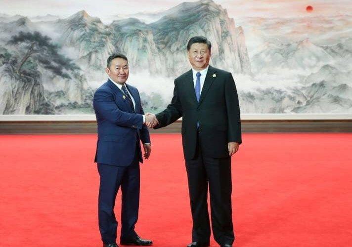 Ерөнхийлөгчид хятадууд, Ерөнхийлөгч Хятадад юу амлах бол!