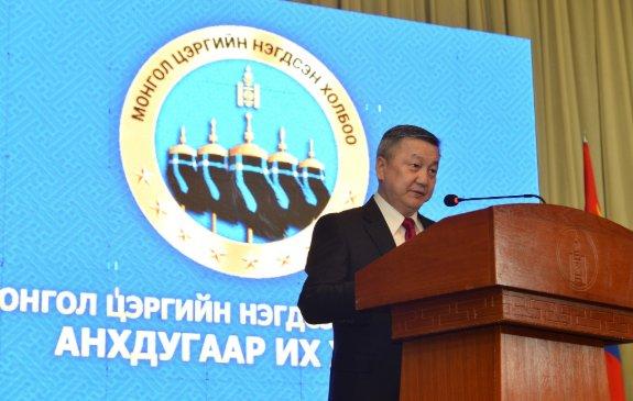 Х.Баттулга Монгол цэргийн нэгдсэн холбооны анхдугаар их хурлын оролцогчдод илгээлт хүргүүлэв
