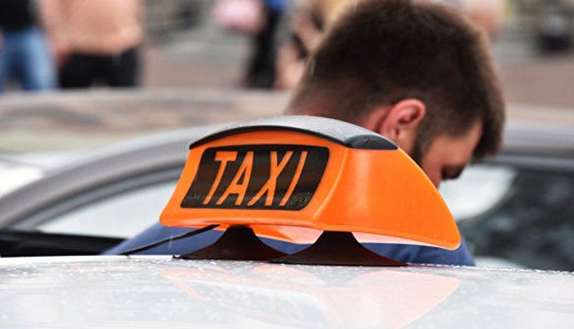 ОХУ: Таксины хоёр жолоочийн нэг нь лицензгүй байна