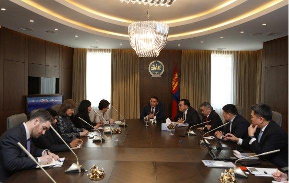 Х.Баттулга Азийн хөгжлийн банкны төлөөлөгчдийг хүлээн авч уулзав