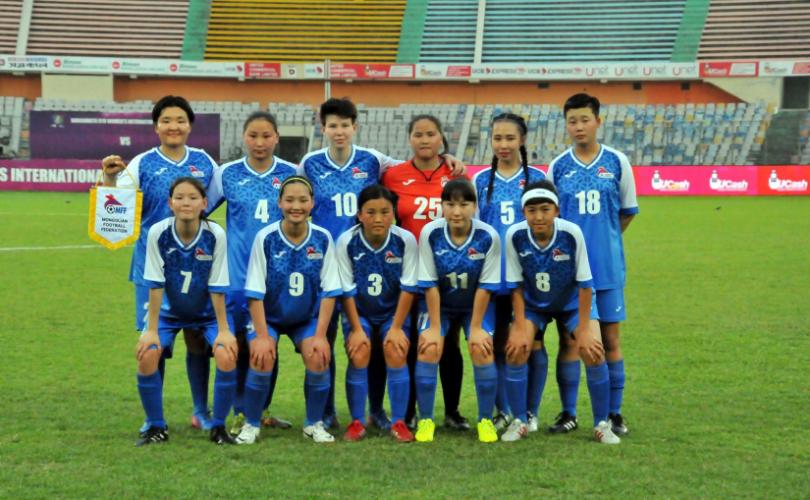 Монгол охид хөл бөмбөгийн олон улсын тэмцээнээс анхны хожлоо авлаа