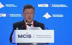 Батлан хамгаалахын сайд Н.Энхболд Олон улсын Аюулгүй байдлын Москвагийн Бага хуралд үг хэллээ