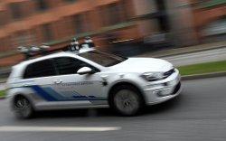 Жолоочгүй автомашины тун удахгүй замын хөдөлгөөнд оролцож эхэлнэ