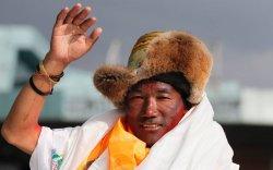 Балбын уулчин 24 удаа Эверестийн оргилд гарч дээд амжилт тогтоов