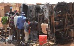 Онхолдсон машинаас шатахуун авах гэж байгаад 55 хүн амиа алджээ