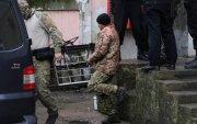 Украины хөлөг, далайчдыг суллахыг тушаажээ