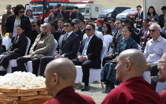 Хотын захирагч Монголын үндэсний кино үйлдвэрийн шав тавих ёслолд оролцлоо
