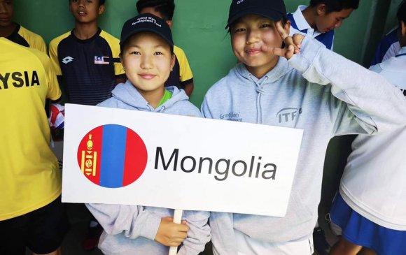 Өсвөрийн теннисчид Узбекистанд өрсөлдөж байна
