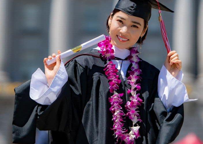 Жүжигчин О.Дөлгөөн АНУ-д их сургуулиа төгсчээ