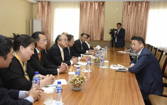 Л.Энх-Амгалан Японы Ибараки мужийн Иргэдийн Төлөөлөгчдийн Хурлын төлөөлөгчдийг хүлээн авч уулзав